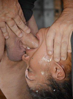 Deepthroat Pics